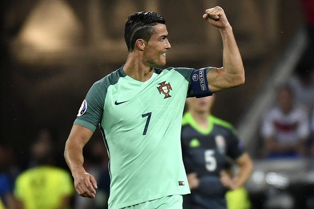 Cristiano-Ronaldo-8-portogallo-calcio-foto-twitter-uefa-euro-2016-1024x683